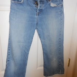 Lucky Brand Buttonfly capris cropped jeans sz 6/28